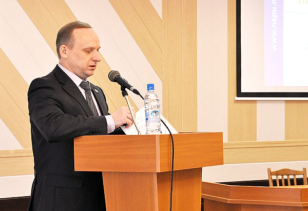 Ректор НГПУ подвел итоги работы университета за 2008-2012 годы