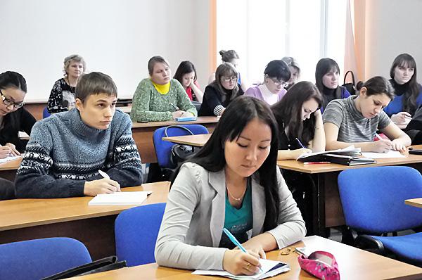 Студенты НГПУ получат повышенную стипендию